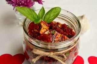 Рецепта за Сушени чери домати стъпка 2