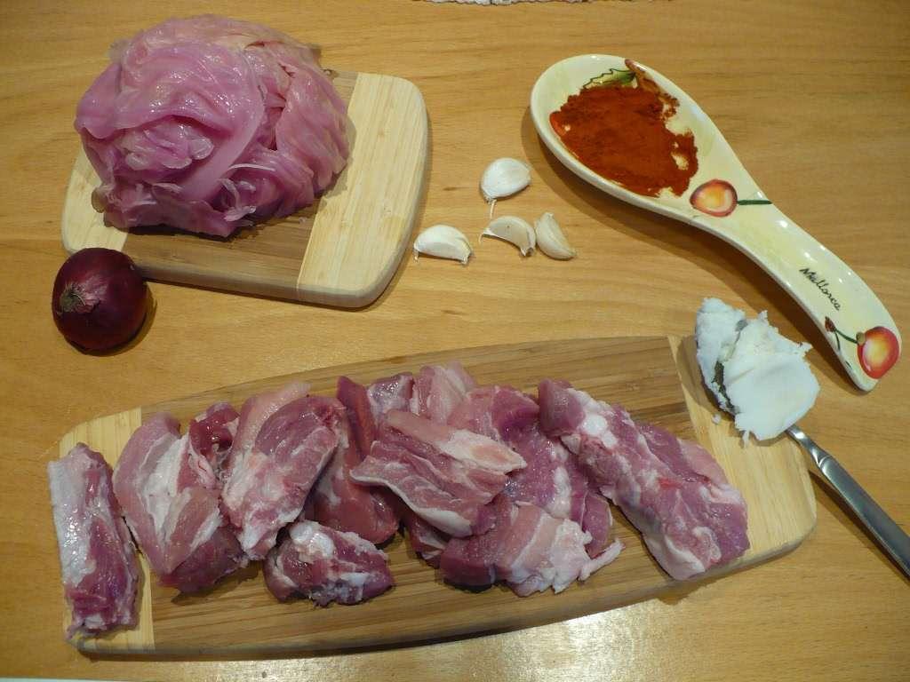 Свински гърди с  кисело зеле
