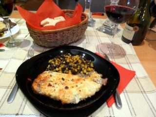 Рецепта за Свински пържоли с топено сирене стъпка 6