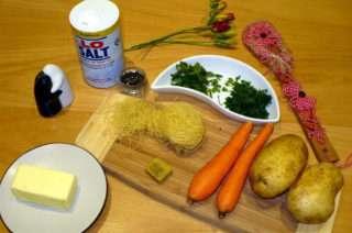 Рецепта за Пилешка супа стъпка 2