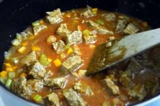 Рецепта за Грах с телешко месо стъпка 2