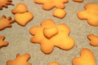 Рецепта за Коледни сладки стъпка 4