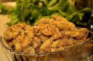Рецепта за Зелена салата с пилешки филенца стъпка 4