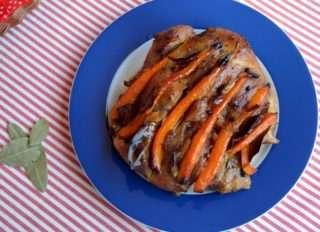 Рецепта за Свинско месо шпиковано стъпка 6