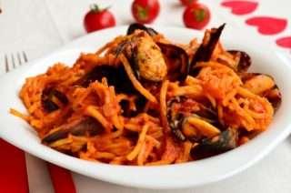 Рецепта за Спагети с миди стъпка 5