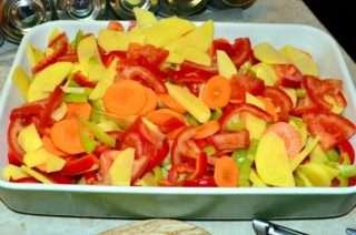 Рецепта за Зеленчуци на фурна стъпка 2