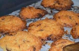 Рецепта за Домашни бисквити стъпка 6