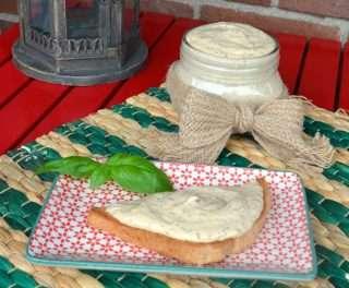Рецепта за Пастет от пушена сьомга и крема сирене стъпка 6